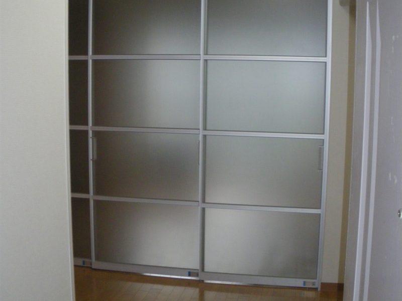 堺市堺区マンション リビング・キッチン   フローリング・扉画像10